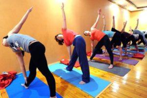 танцы йога